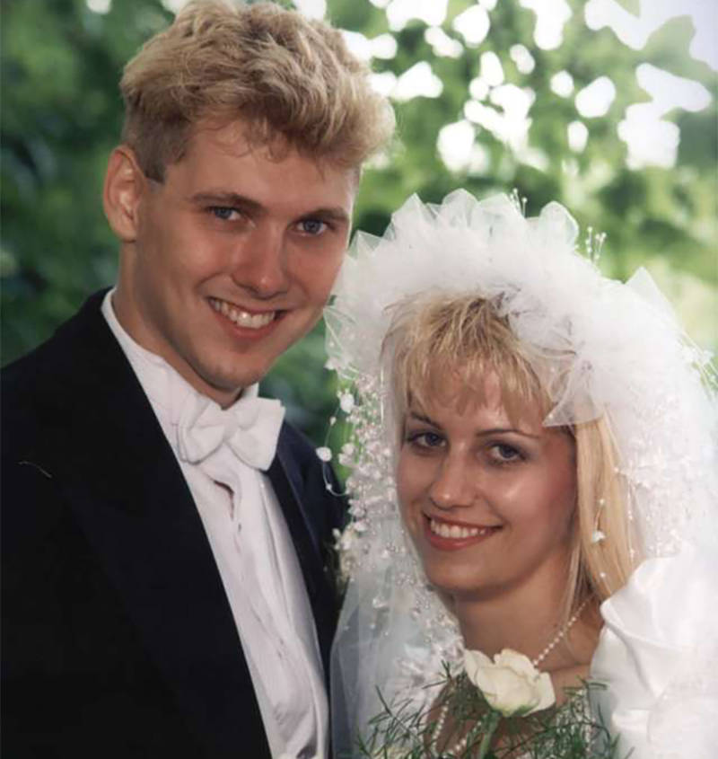 Paul Bernardo And Karla Homolka Wedding Photo