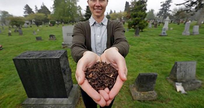 katrina-spade-holding-compost.jpg