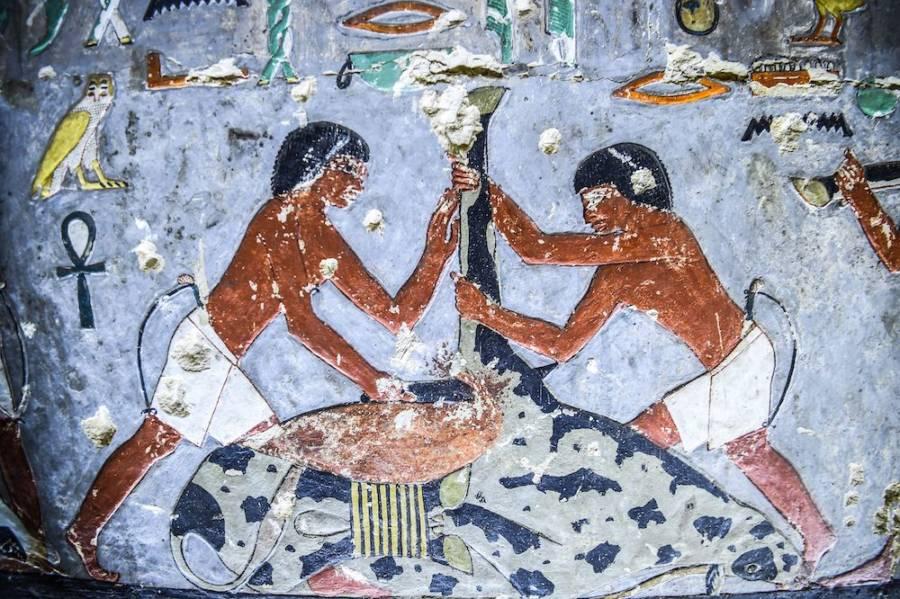 Saqqara Khuwy Art