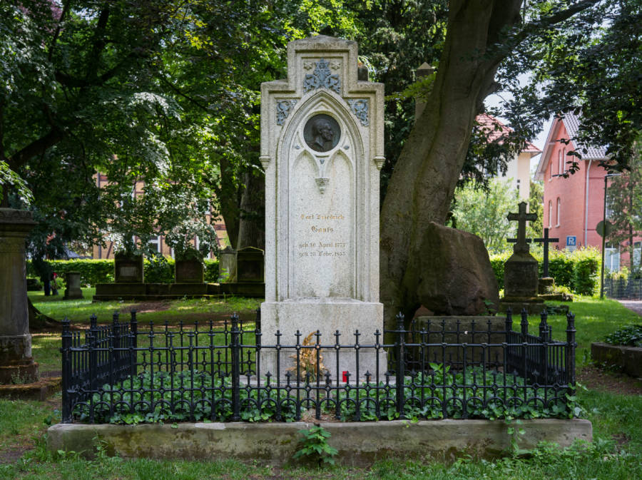 Johann Carl Friedrich Gauss Gauss Gravestone In Germany