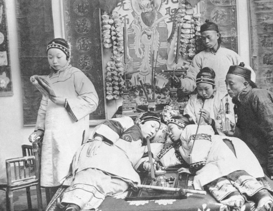 Chinese Lounging In An Opium Den In 1900