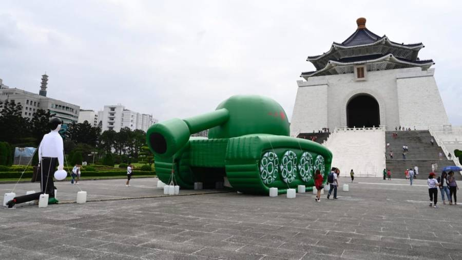 Tank Man Balloons In Taipei