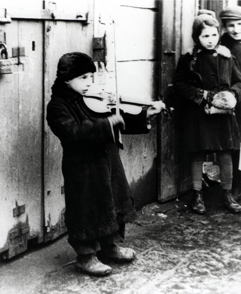 Warsaw Ghetto Busker