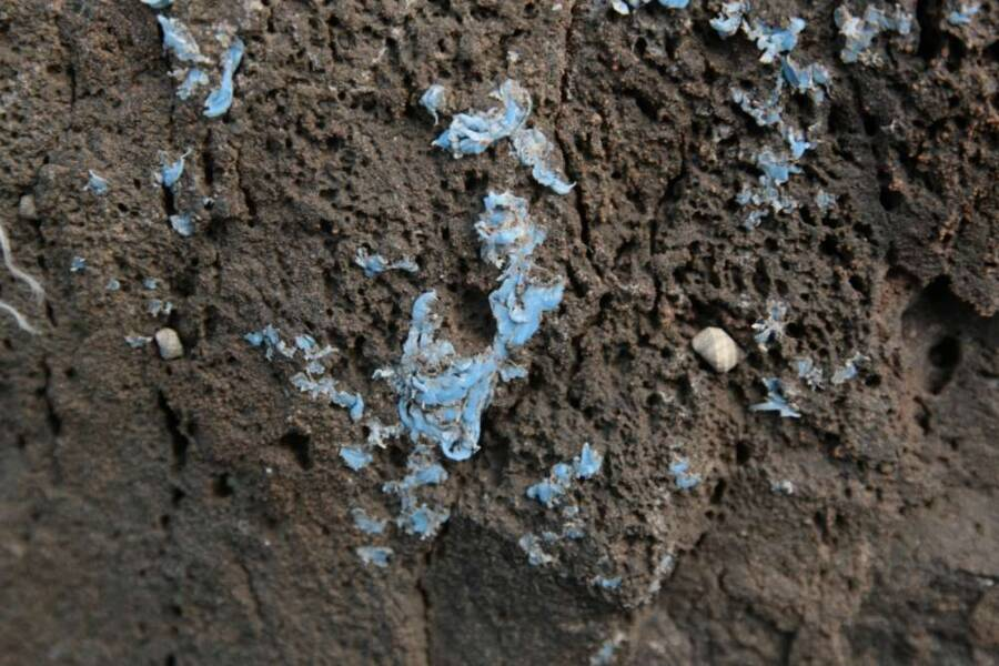 Plasticrust Rock Wall