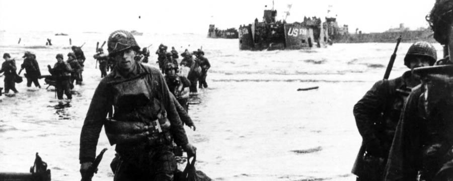 Soldiers On Utah Beach