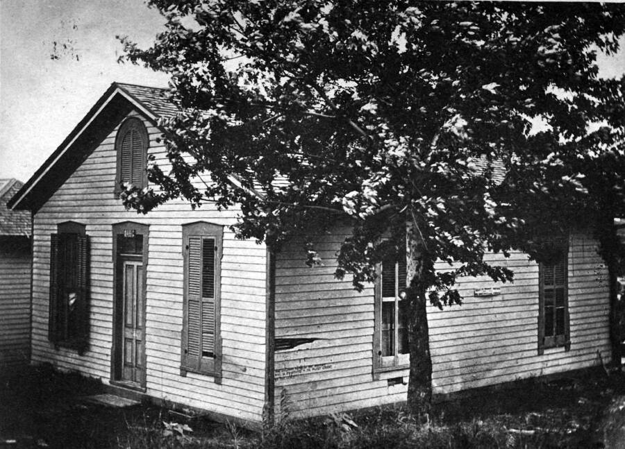 Jesse James Last Home