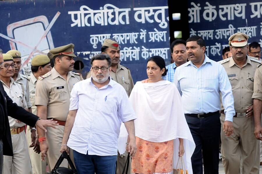 Rajesh And Nupur Talwar Leave Prison