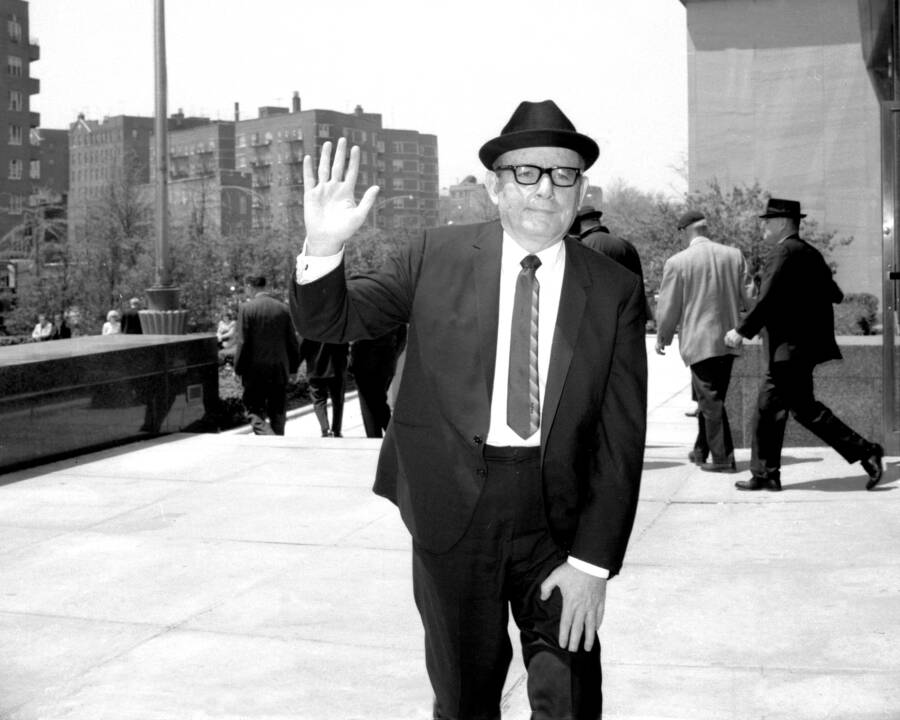 Trafficante Outside Court Waving