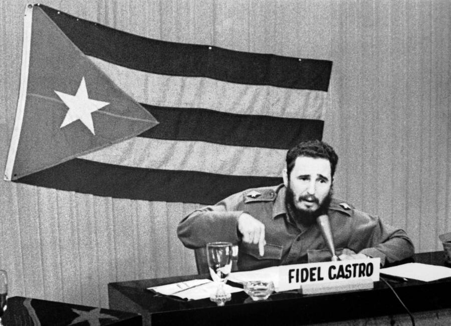 Fidel Castro During The Cuban Missile Crisis