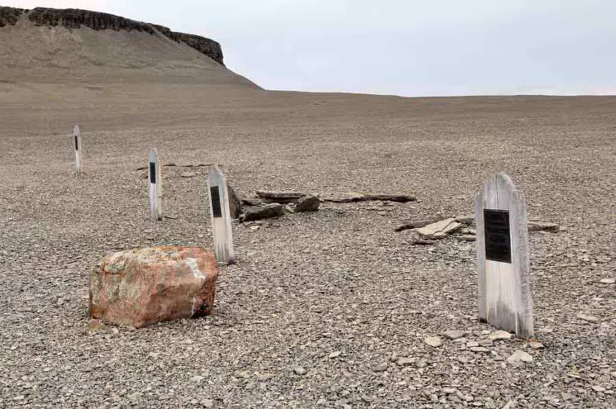 Graves On Beechey Island