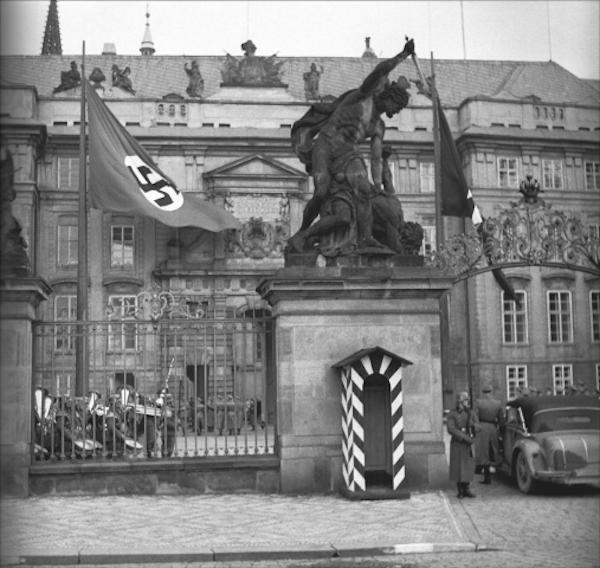 Heinrich Himmler Visits Prague Castle
