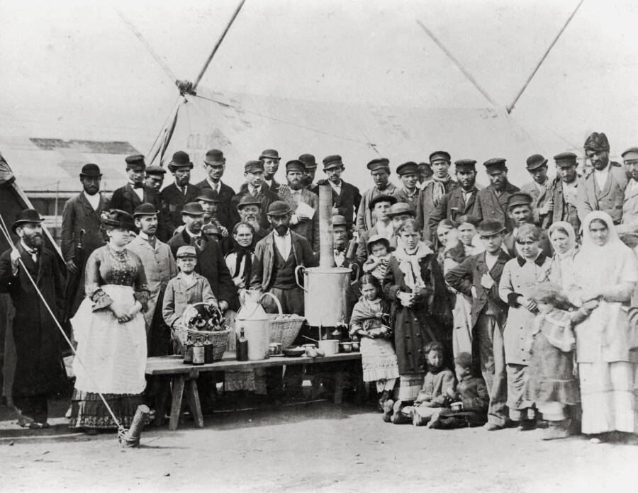 Jewish Refugees From Russia