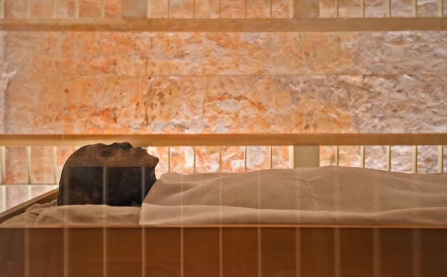 King Tut's Mummy On Display