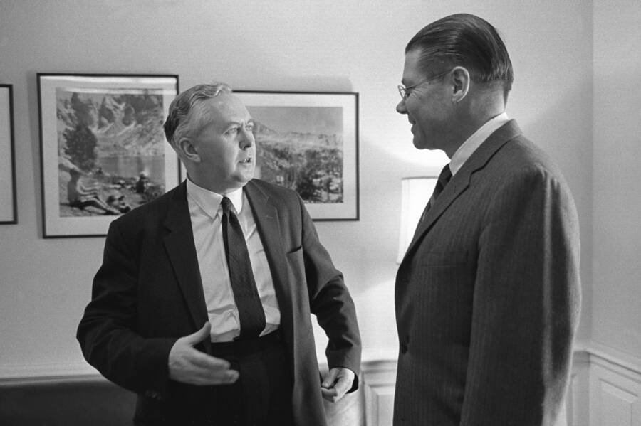 Harold Wilson Secretary Defense Robert S. McNamara