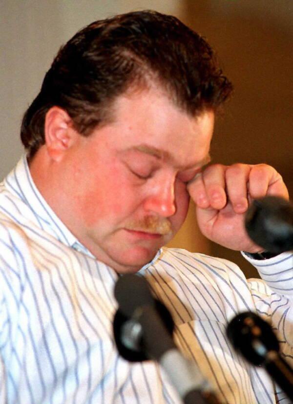 Richard Jewell Crying