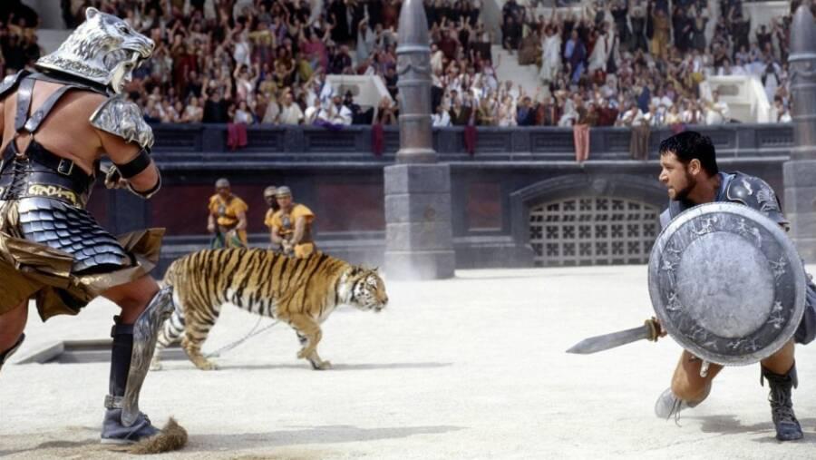 Russel Crow As Maximus In Gladiator