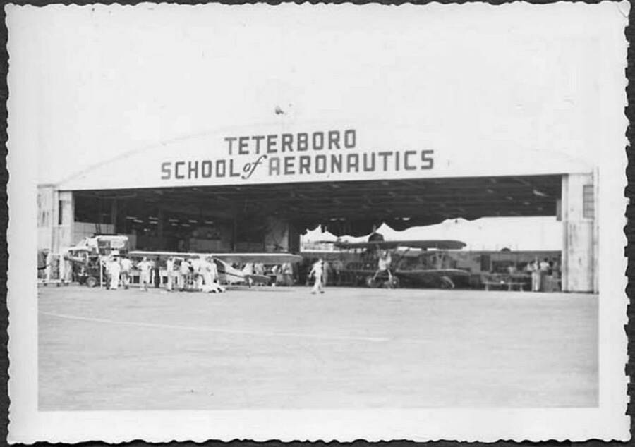 Teterboro School Of Aeronautics