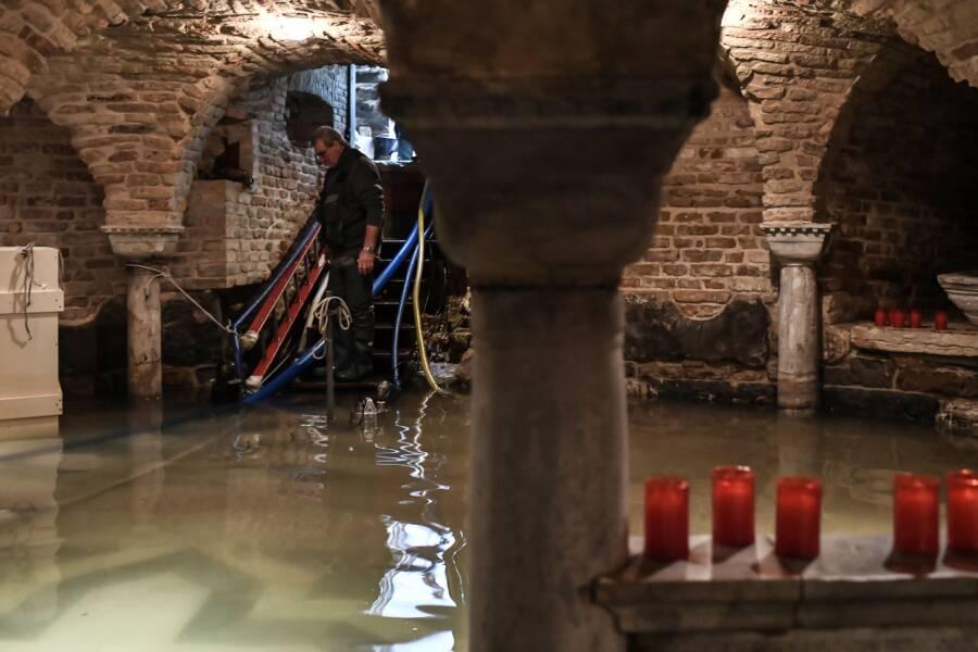 Povodeň baziliky v Benátkach