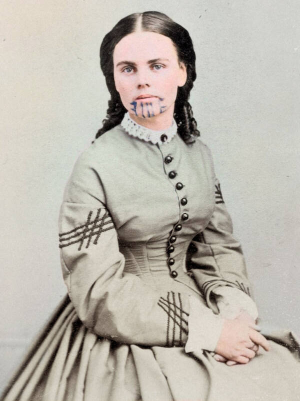 Colorized Black And White Photos Olive Oatman