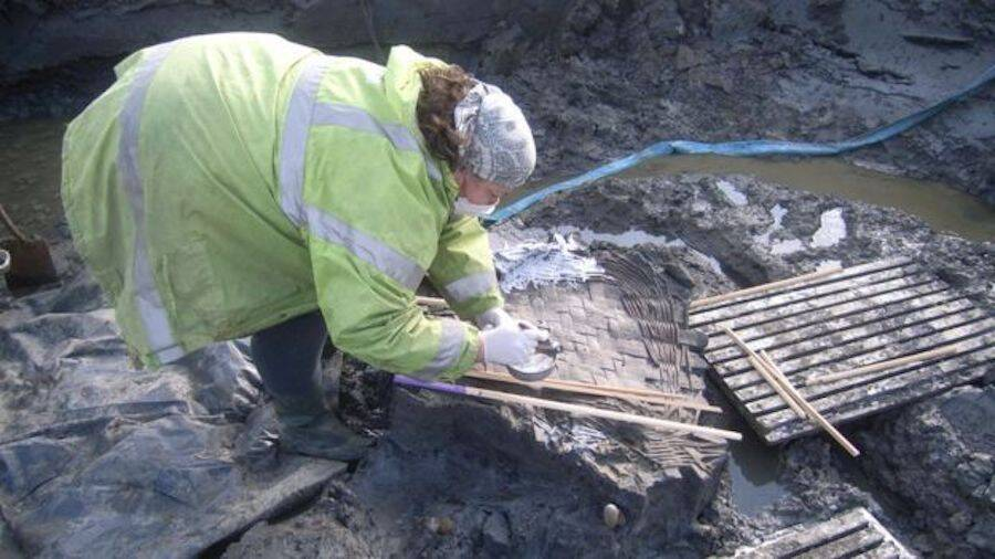 Excavating The Ancient Roman Berryfields Basket