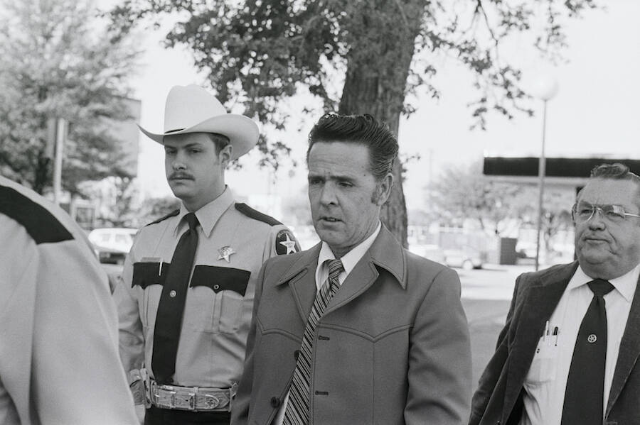 Henry Lee Lucas And The Police