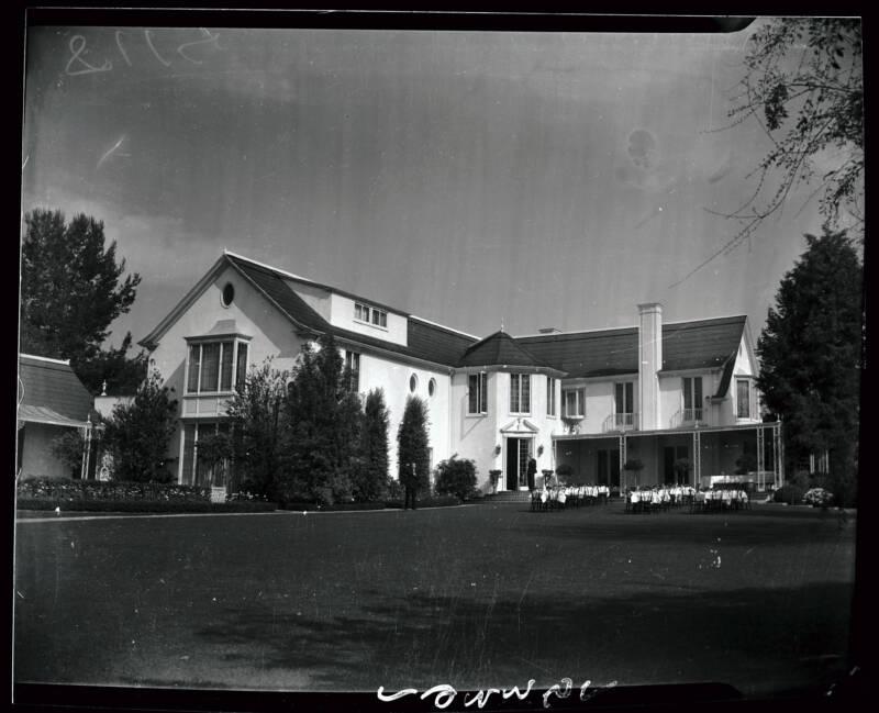Pickfair Mansion