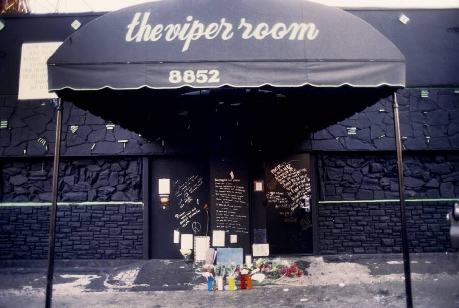 River Phoenix Tributes Outside The Viper Room