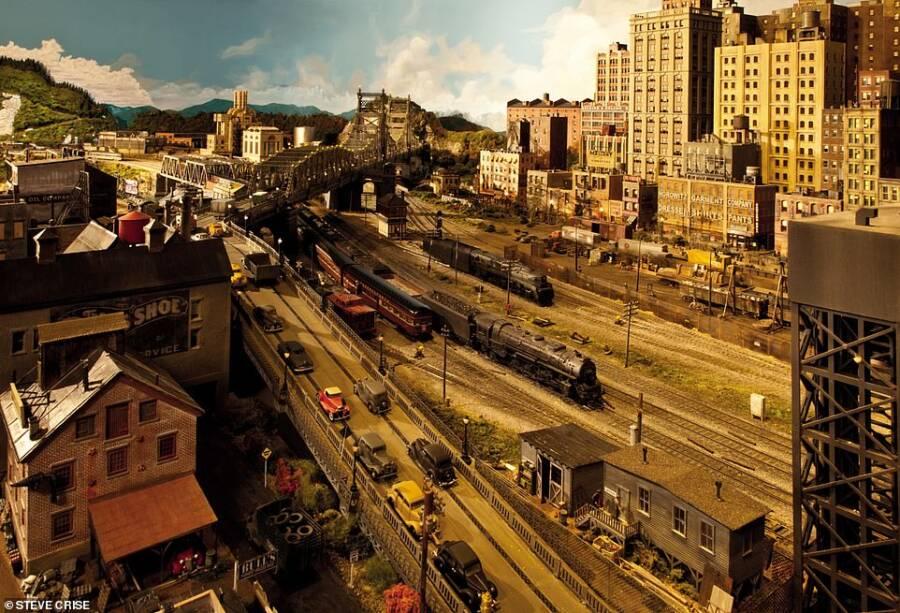 Rod Stewarts Model Train Bridge