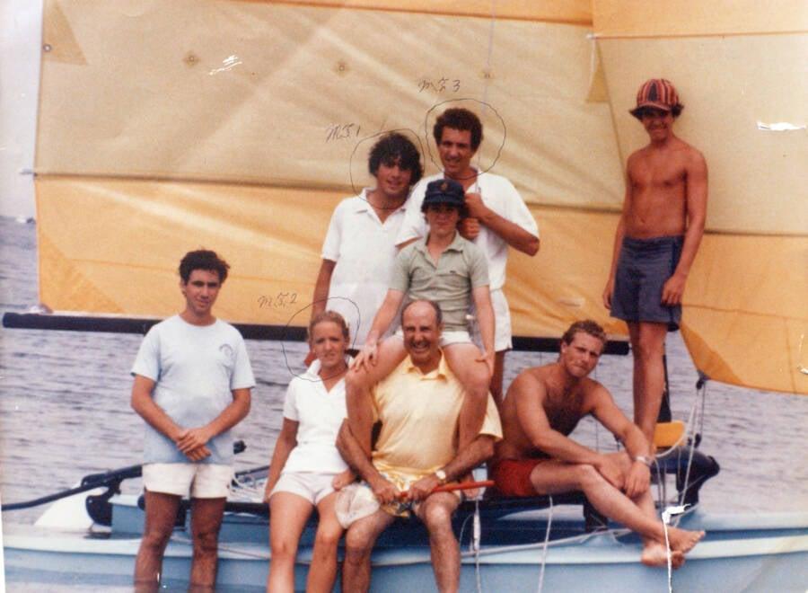 Skakel Kids On A Boat