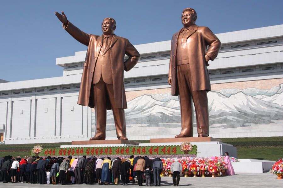 Kim Il Sung And Kim Jong Il Statues