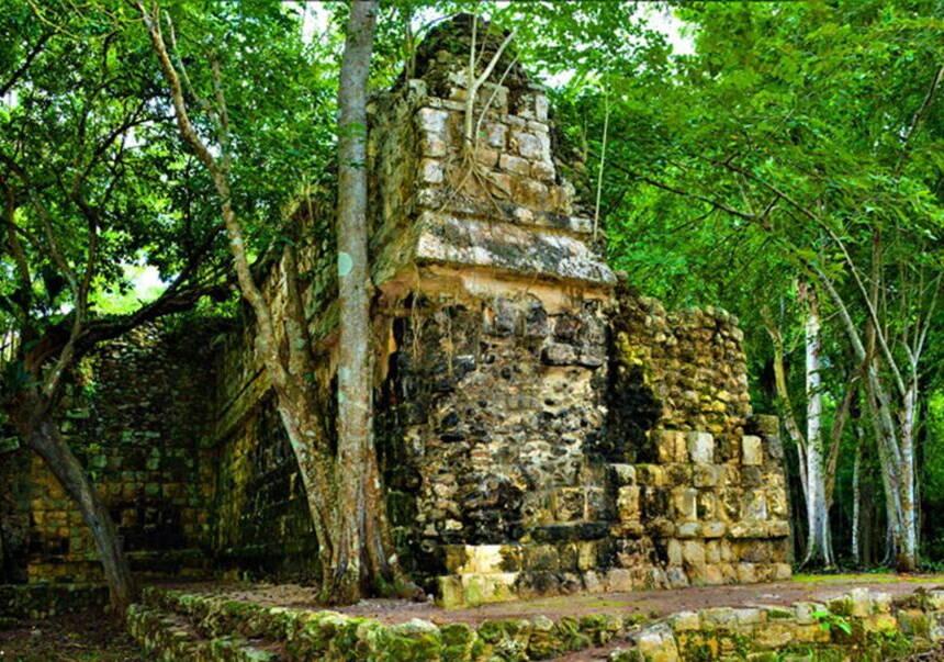 Mayan Palace Found In The Yucutan