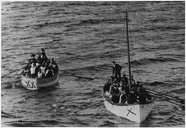 Lifeboats carry Titanic survivors
