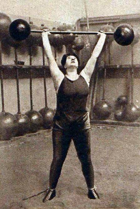 Violette Morris Weightlifting