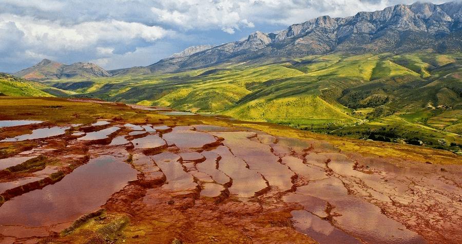 21 Stunning Photos Of Badab-e Surt, Iran's Terraced Hot Springs
