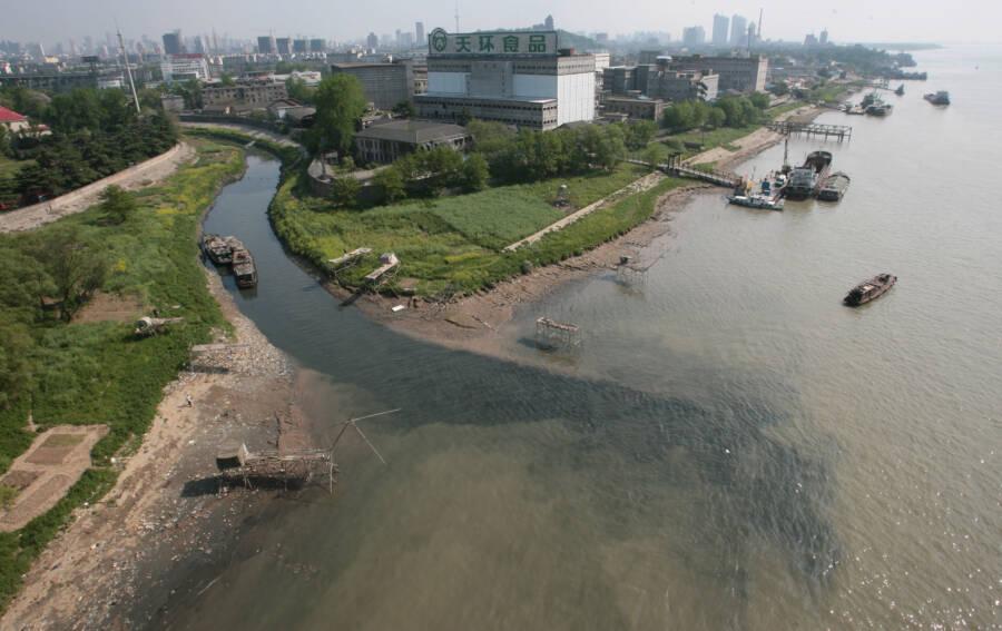 Nanjing Jiangsu Province Stream