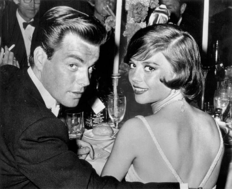 Natalie Wood And Robert Wagner At Dinner