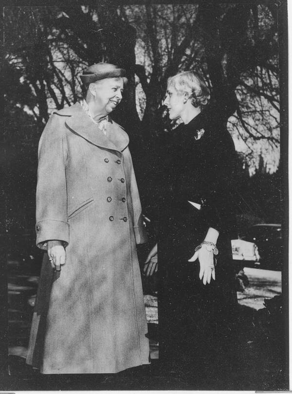 Eleanor Roosevelt And Clare Boothe Luce
