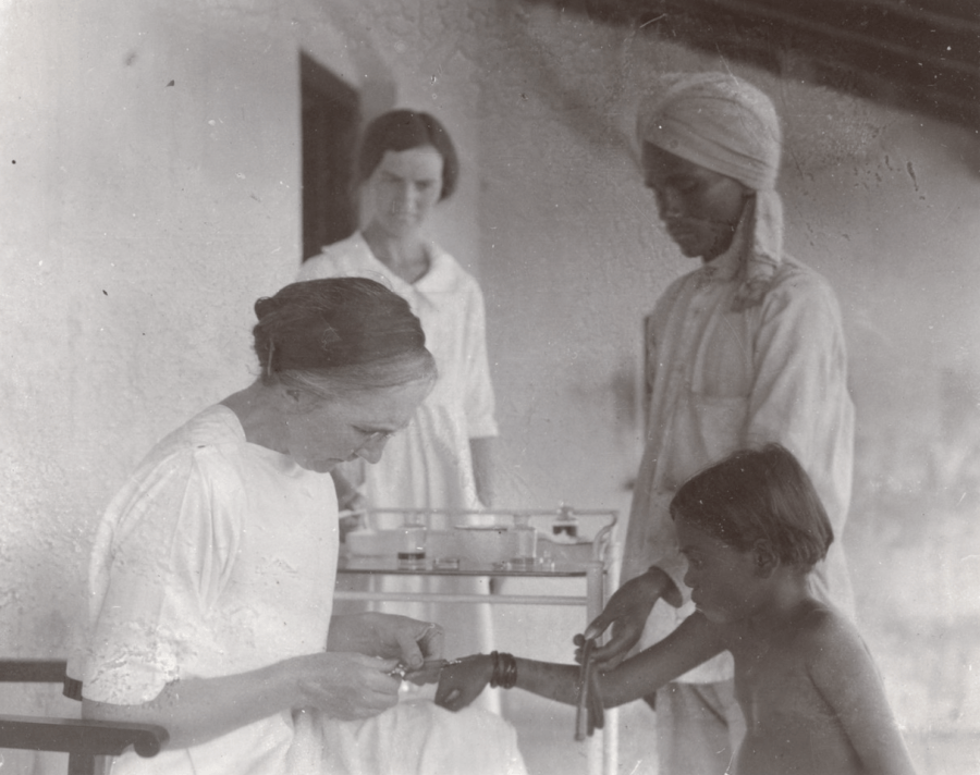 Isabell Kerr Treating Lepers