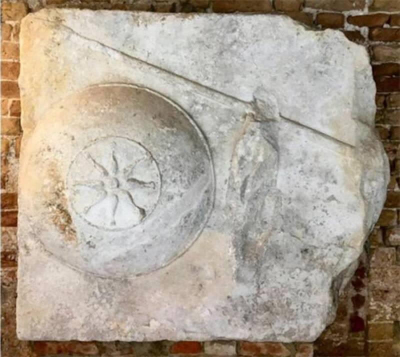 Sarcophagul Stone Block From Venice