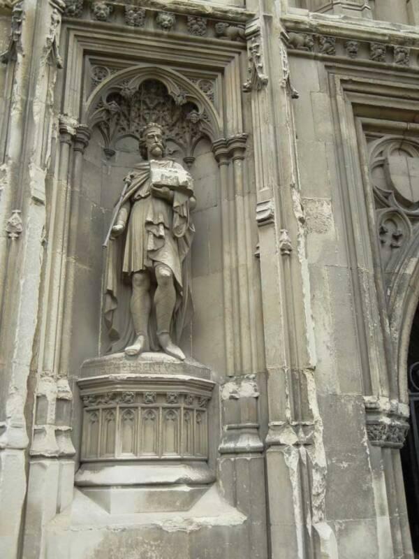 Statue Of King Ethelbert