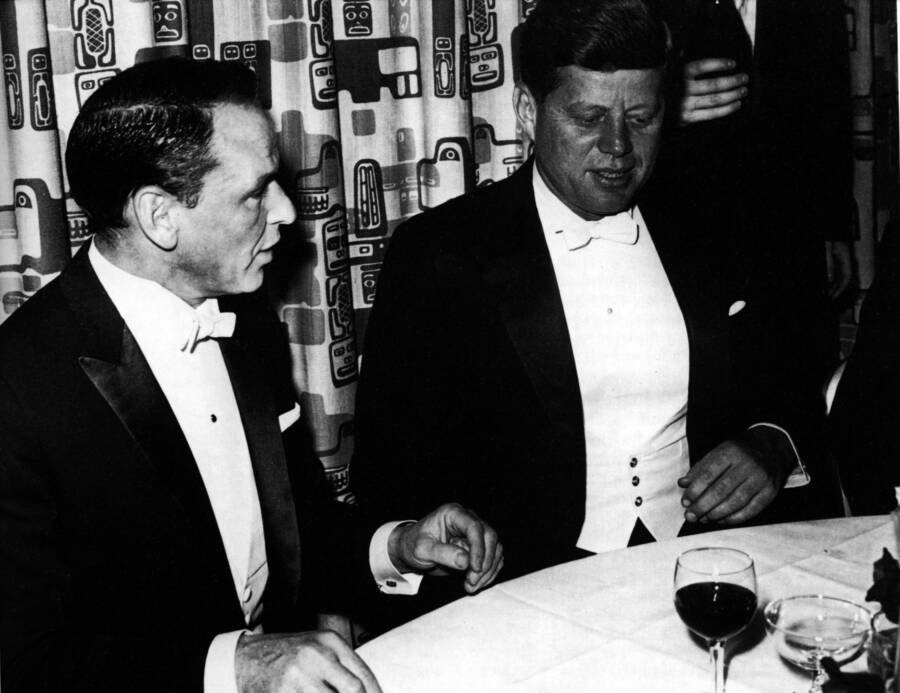 Frank Sinatra Eating Dinner With Jfk
