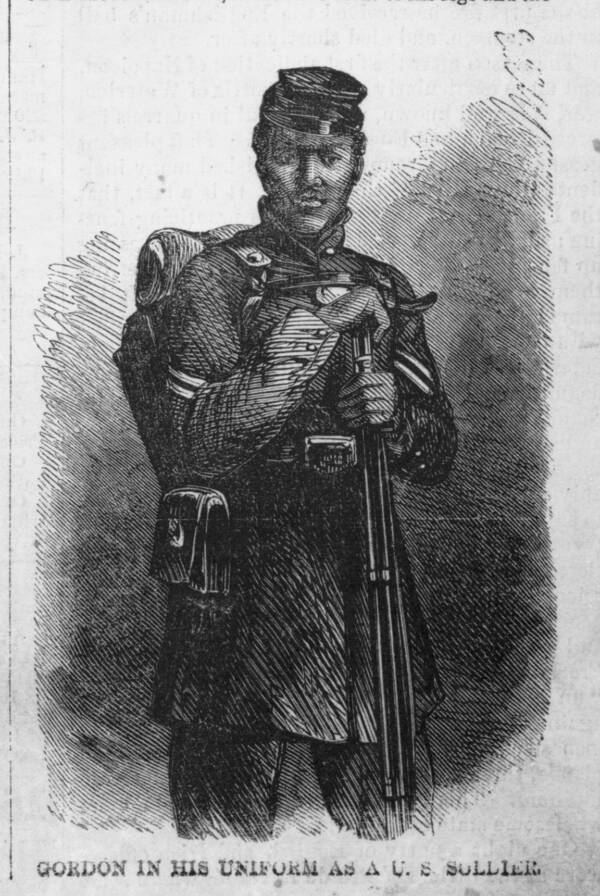 Gordon In Uniform