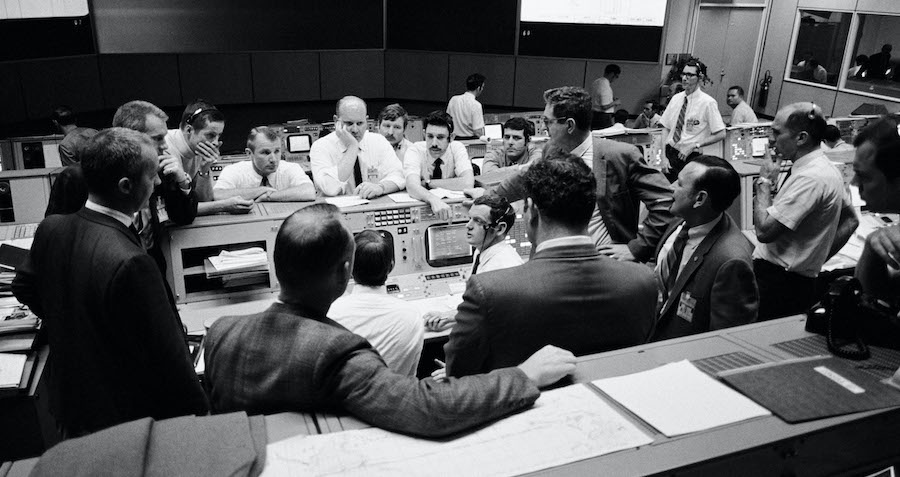 mission-control-during-apollo-13-featured.jpg