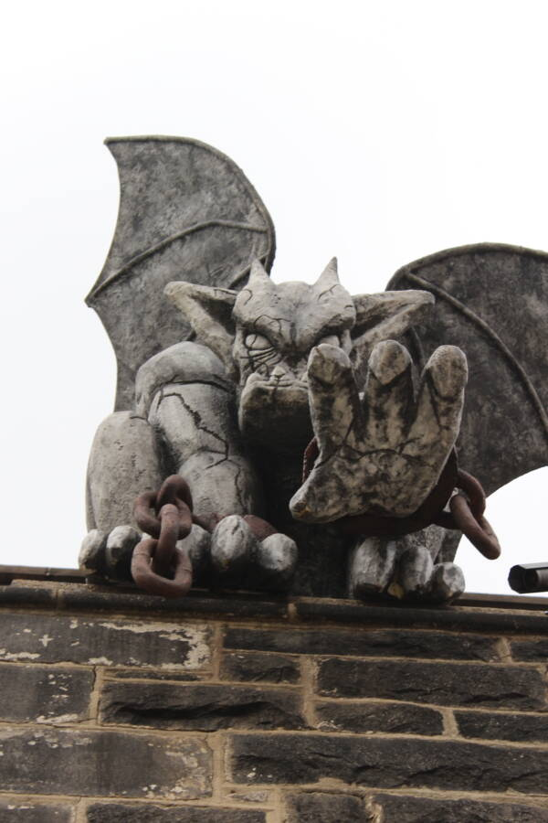 Stone Reaching Gargoyle