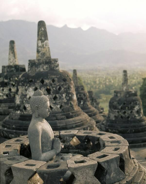 Stupa Buddha