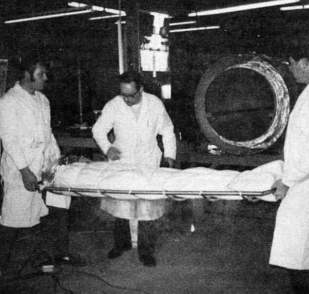 Bedford Being Wrapped In Dacron Polyester