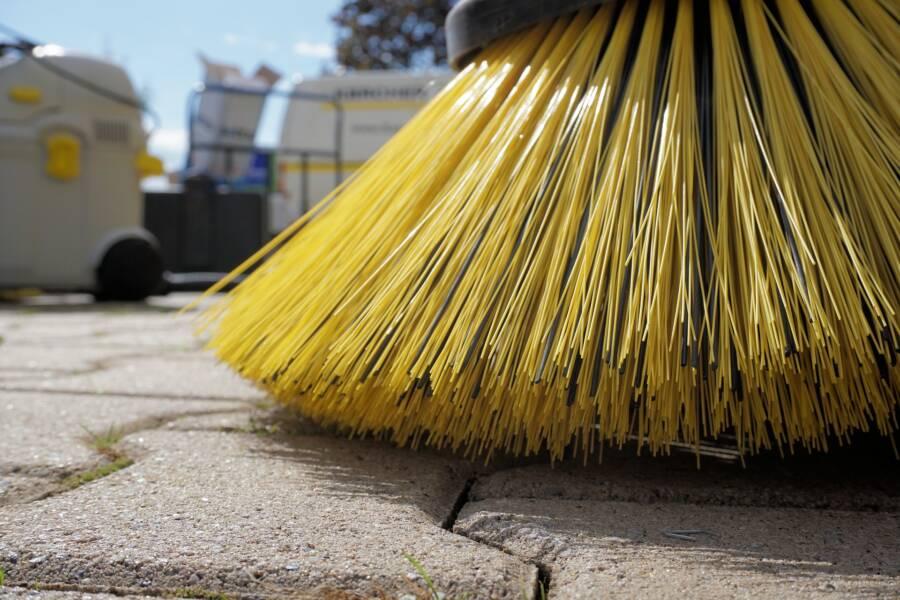 Broom Sweeper