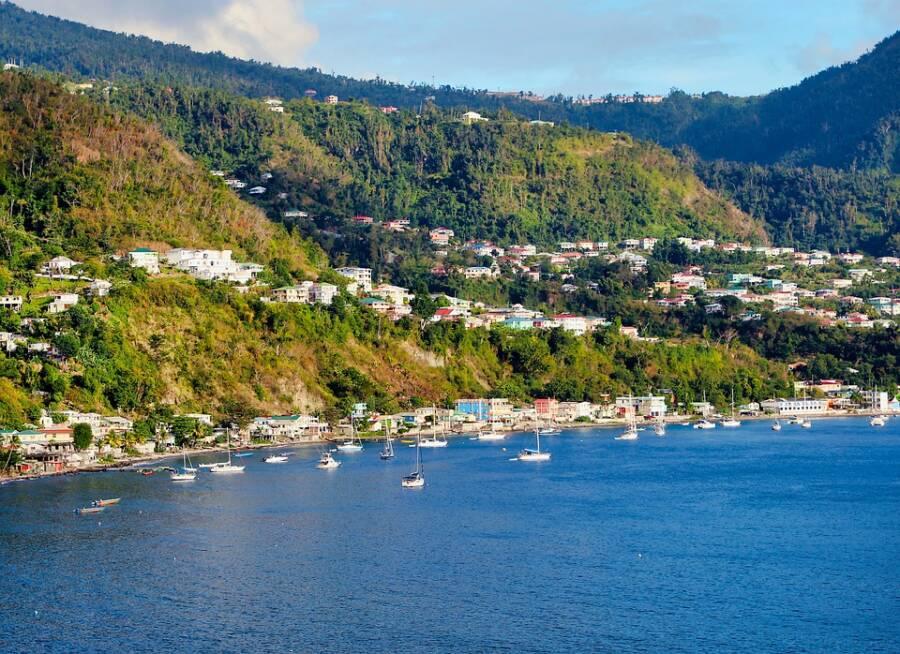 Dominica Bay
