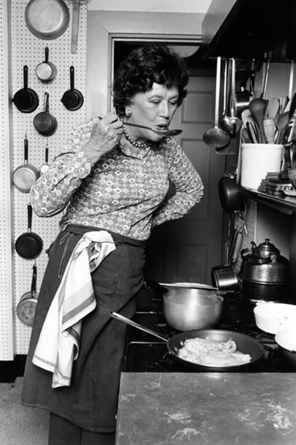 Julia In The Kitchen