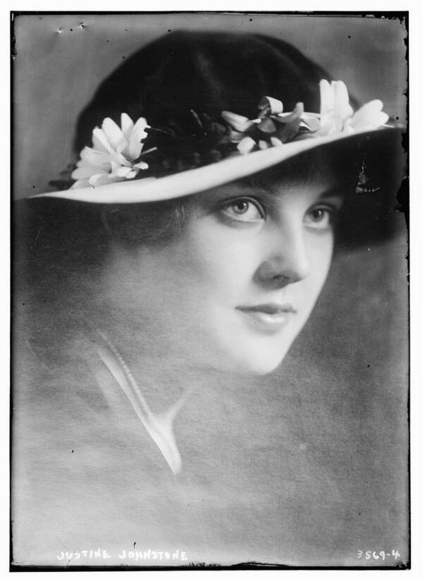 Justine Johnstone Wearing A Hat